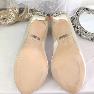 Badgley Mischka Shoes - SALE Badgley Mischka Kiara Ivory Bridal Heels 7.5